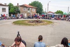 Cercle spectaculaire aux jeux de Nestenar dans le village de Bulgari, Bulgarie Photographie stock