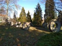 Cercles en pierre en parc Photo stock