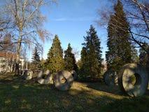 Cercles en pierre en parc Photographie stock