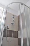 Cerco do chuveiro, banheiro novo Imagem de Stock Royalty Free