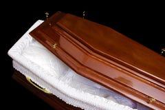 Cercueil de Brown image stock