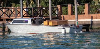 Cercueils en bois à Venise Italie photo stock