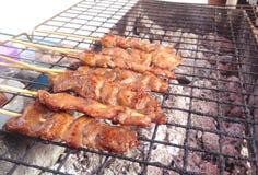 Cerdo asado comida tailandesa en la comida de la calle Imagen de archivo libre de regalías