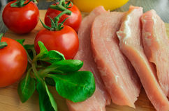 Cerdo crudo con las verduras Imágenes de archivo libres de regalías