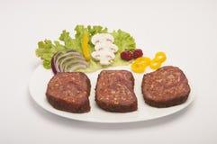 Cerdo crudo Meat Loaf con las especias imagen de archivo
