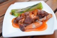 Cerdo de carne asada y verduras hervidas Imagen de archivo