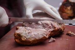 Cerdo de los jóvenes de la carne asada Fotografía de archivo libre de regalías