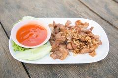 Cerdo frito alimento tailandés Imagen de archivo libre de regalías
