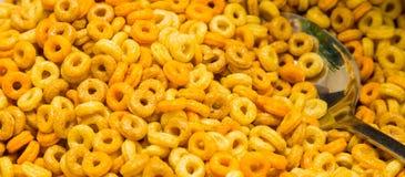 Cereal de café da manhã frutado no evento do piquenique do festival de mola da refeição matinal fotos de stock royalty free