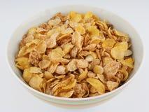 Cereal de desayuno en tazón de fuente Fotografía de archivo libre de regalías