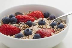Cereal de pequeno almoço - Muesli Fotos de Stock