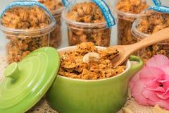 Cereal do caramelo do floco de milho Fotografia de Stock