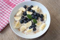 Cereal para el desayuno Imagen de archivo libre de regalías