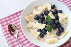 Cereal para o café da manhã Fotos de Stock