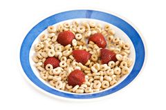 Cereal y fresas de desayuno Fotografía de archivo libre de regalías