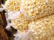 Cereale di schiocco fresco e caldo Immagini Stock