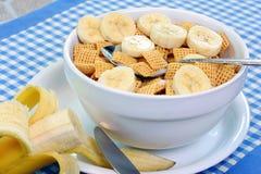 Cereale e banane del cereale Fotografia Stock