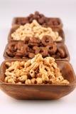 Cereales de la miel y del chocolate Imagen de archivo libre de regalías
