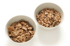 Cereales en tazones de fuente Foto de archivo