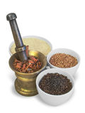 Cereali e grani in navi Fotografia Stock