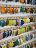Cereamic färgexpo och demonstration typer av färger till gjort keramiskt royaltyfri illustrationer