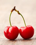 Cereja vermelha fresca Imagens de Stock