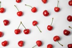 Cerejas vermelhas doces foto de stock royalty free