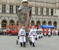 Ceremoni av kolonin av Meyboom i Bryssel Royaltyfri Fotografi