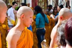 Ceremonia de Atriculation del monje budista Imágenes de archivo libres de regalías
