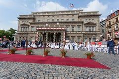 Ceremonia de boda colectiva tradicional en Belgrado 3 Imágenes de archivo libres de regalías