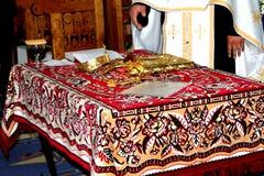 Ceremonia de boda ortodoxa Imagenes de archivo