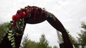 Ceremonia de boda y decoraciones de la boda almacen de video