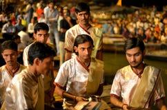 Ceremonia de Ganga Aarti en Varanasi Fotografía de archivo libre de regalías