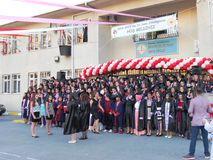 Ceremonia de graduación en la escuela en Turquía Foto de archivo libre de regalías