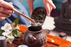 Ceremonia de té china Imágenes de archivo libres de regalías