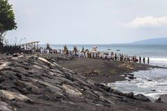 Ceremonia del Balinese en la playa en Bali Foto de archivo libre de regalías