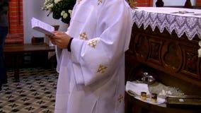 Ceremonia del bautizo almacen de metraje de vídeo