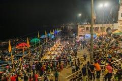 ceremonia GANGA SEVA NIDHI Varanasi, la India foto de archivo libre de regalías