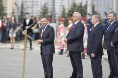 Ceremonia solemne de alzar las banderas antes del campeonato del hockey del mundo Imagenes de archivo