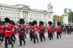 Ceremonial changing of the London guards in front of the Bucking Palace, London, United Kingdom Stock Photos