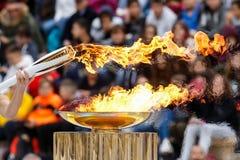 Ceremonie van de Olympische Vlam voor de Winterolympics Stock Foto's