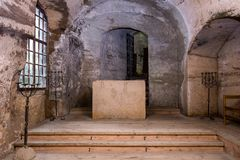 Ceremoniella Hall - presbyterium i slottkapellet Royaltyfri Foto