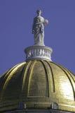 Ceres la statua sulla cupola del Campidoglio del Vermont fotografia stock libera da diritti