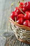 Cerezas dulces rojas Foto de archivo