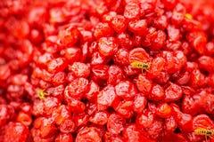 Cerezas secadas rojas, dulzor oriental imagenes de archivo