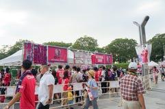 Cerezo Osaka Soccer teamventilators die herinneringen kopen bij Yanmar-Stadion Nagai, Osaka Japan Royalty-vrije Stock Foto