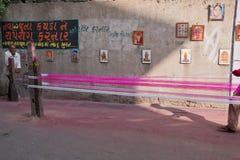 Cerf-volant faisant à Ahmedabad, Inde Photos libres de droits
