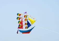 Cerf-volant formé de bateau de vol Photo libre de droits
