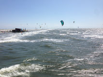Cerf-volant surfant St Peter-ording image stock