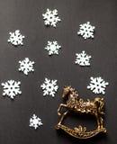 Cerfs communs de carte de Noël, flatley, boules de Noël, arbre de Noël Image stock